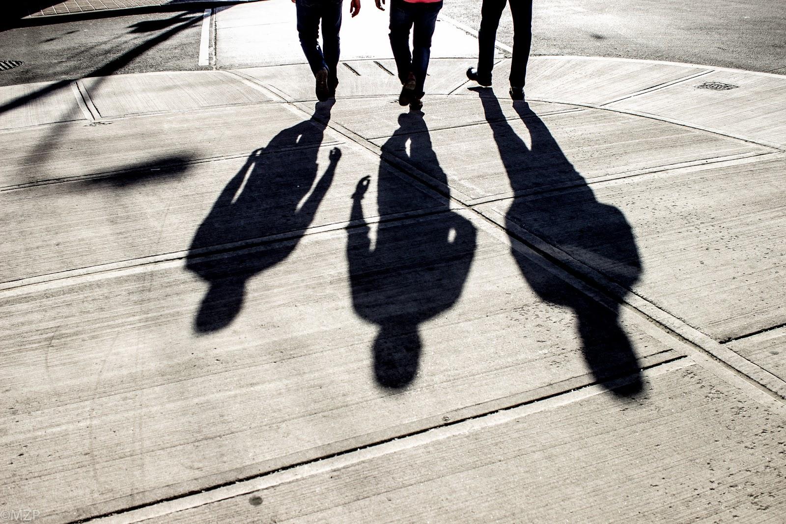 لغز جريمة الأصدقاء الثلاثة